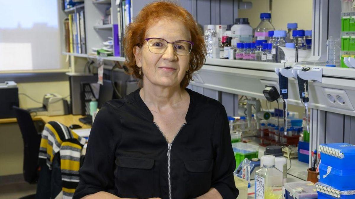 """Margarita del Val, viróloga: """"Si la Pfizer no es efectiva a largo plazo es mejor descártala y vacunar con otras fórmulas más seguras"""""""