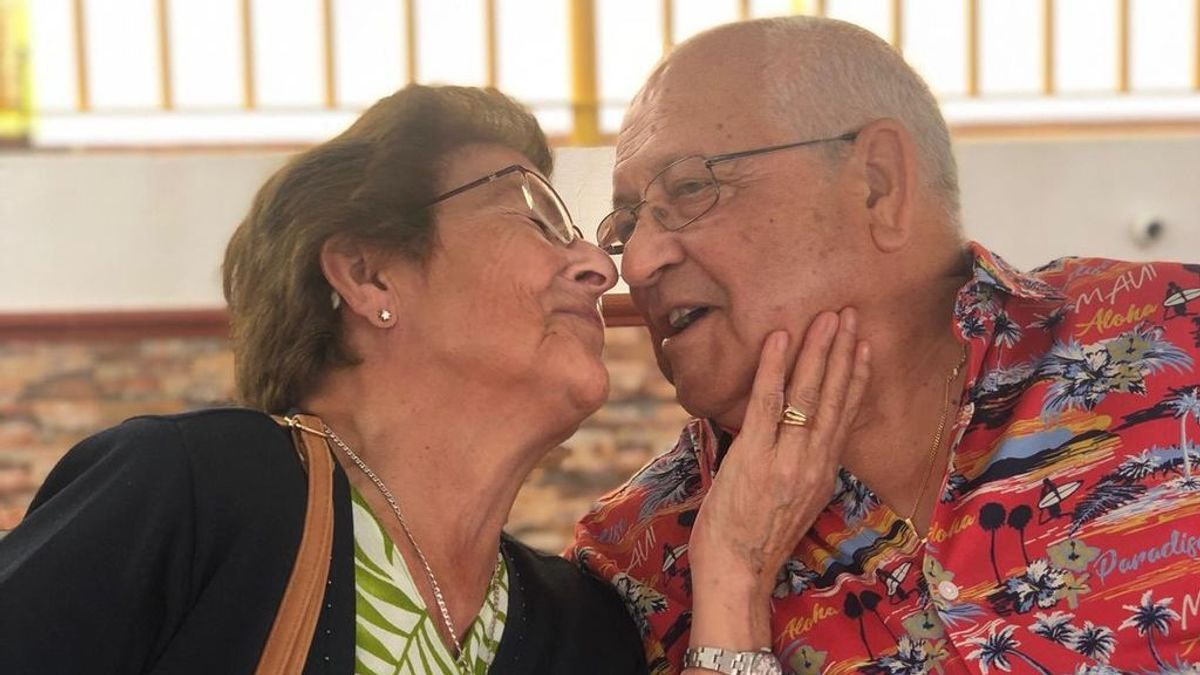 """La historia de amor de dos abuelos gaditanos compartida por su nieta: """"Soy una romántica por ellos"""""""