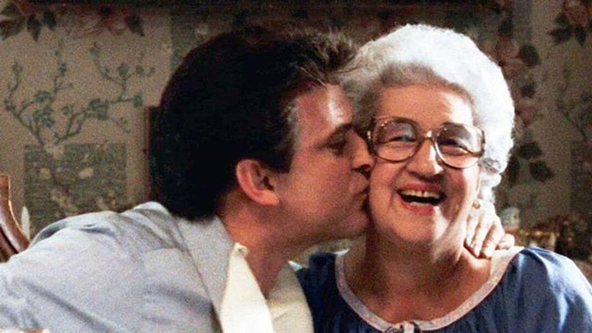 Es su día, el mejor regalo es la palabra: ¿De qué están hartas las madres españolas?