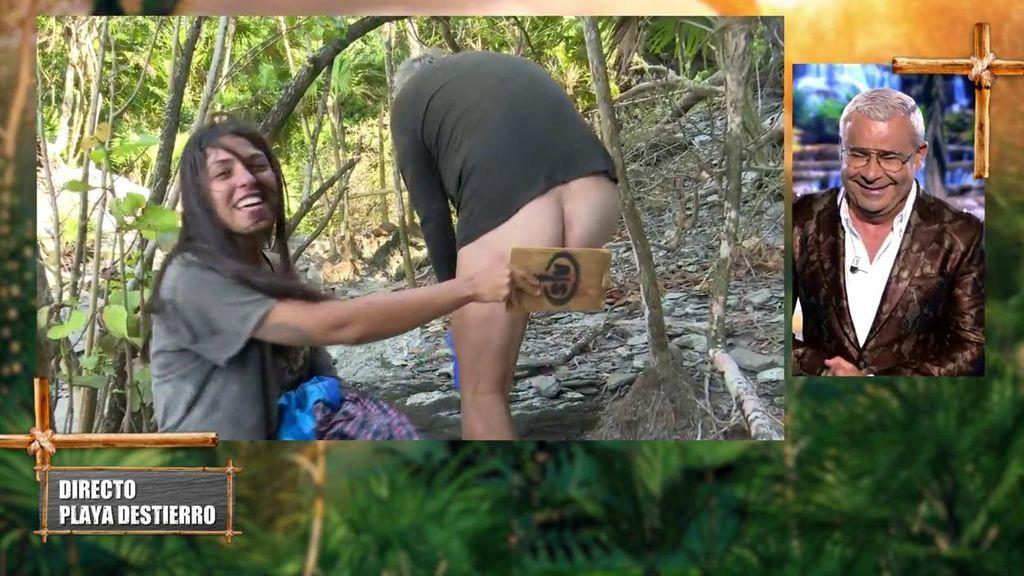 Antonio Canales, al desnudo: ¡su descuido enseñando todo al cambiarse de calzoncillos!