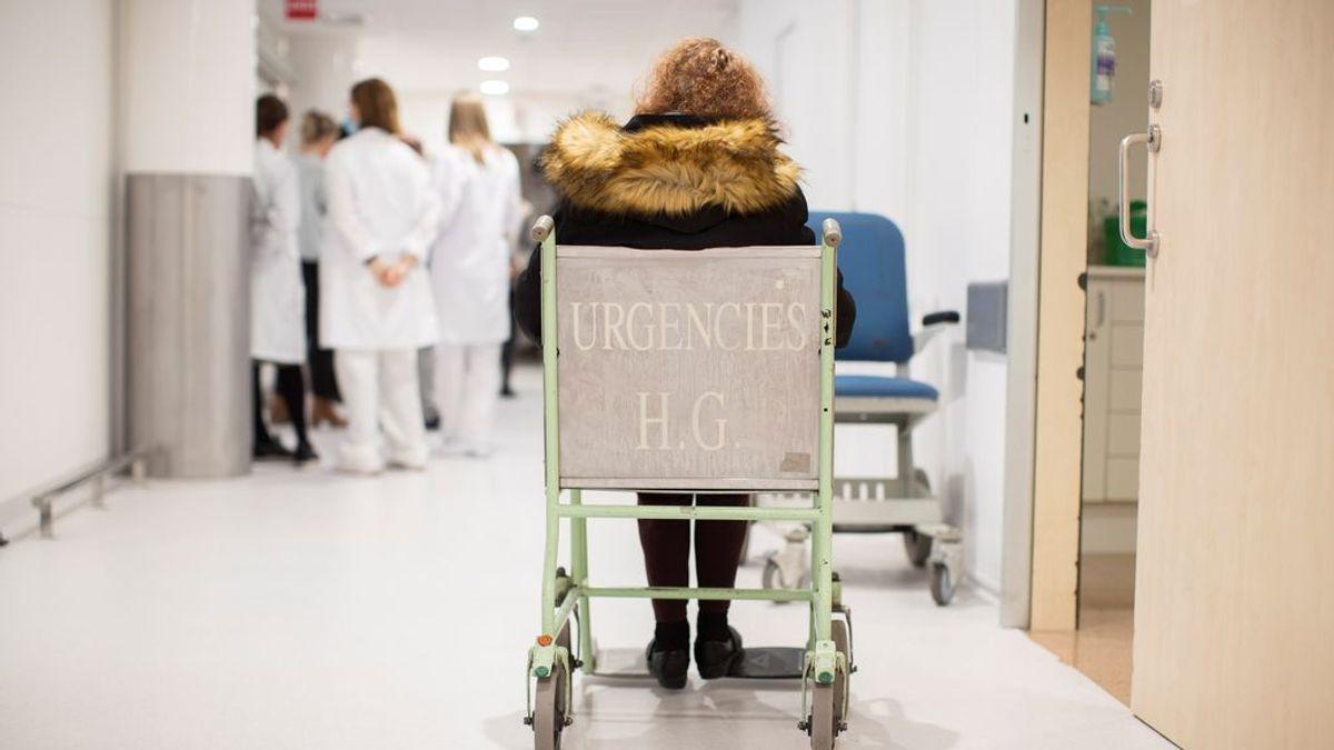 Los hospitalizados por covid en España siguen descendiendo