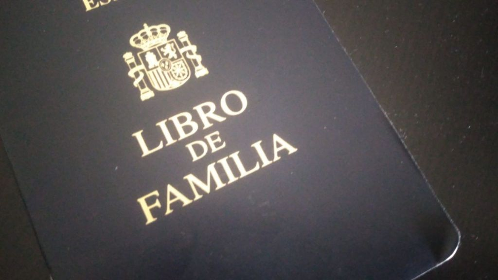Desaparece el libro de familia: qué lo sustituye y los trámites que hay que seguir