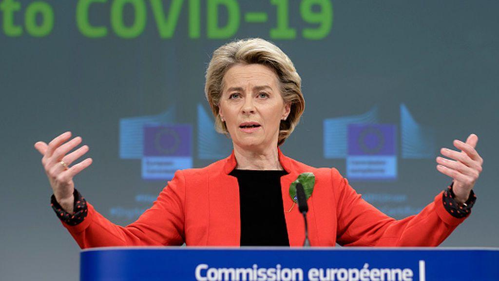 El Parlamento Europeo exige que los turistas vacunados no necesiten tests ni cuarentenas