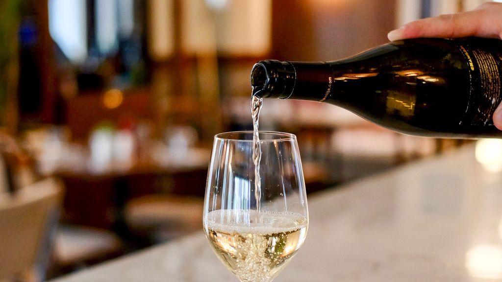 ¿Pagarías 650 euros por catar cuatro copas de vino (los mejores del mundo)?