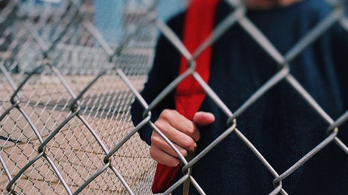 Fiscalía de menores acuerda el internamiento del adolescente acusado de apuñalar a su profesora en Girona
