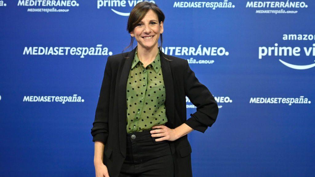 Malena Alterio posando en un photocall de Mediaset España