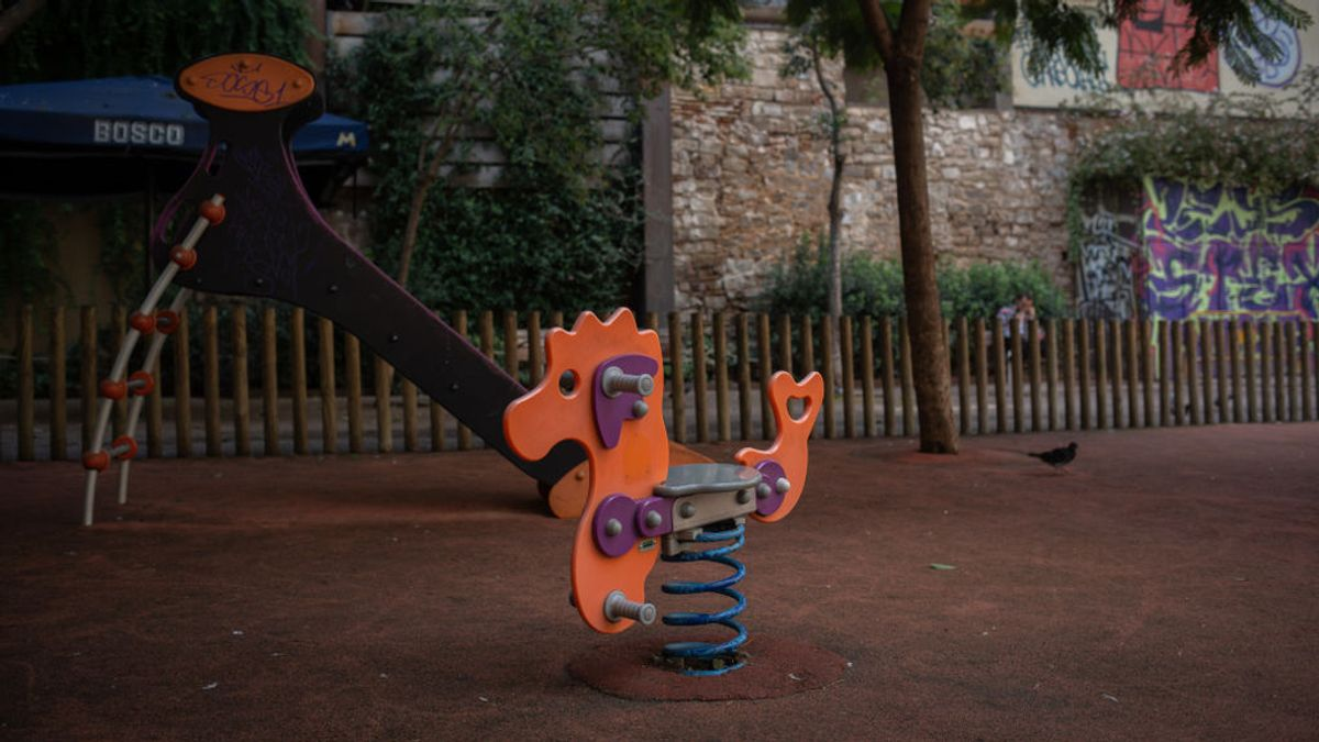 Un septuagenario es condenado a dos años de cárcel por tocar las nalgas a una niña en un parque de A Coruña