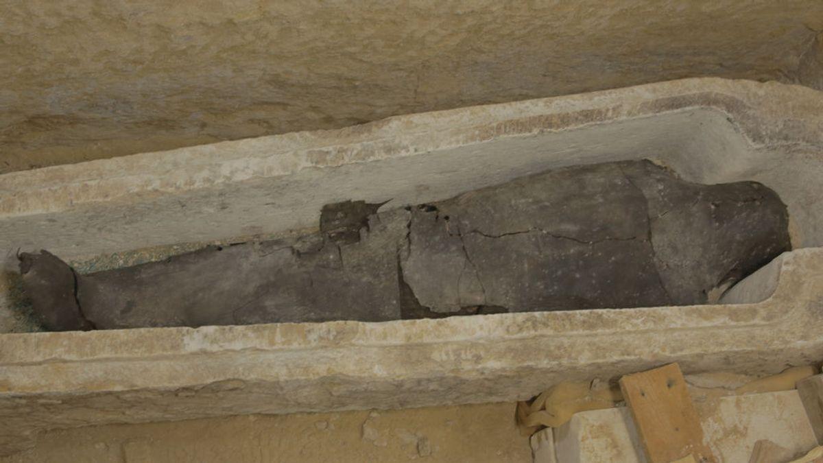 Científicos polacos descubren a la primera momia egipcia embarazada