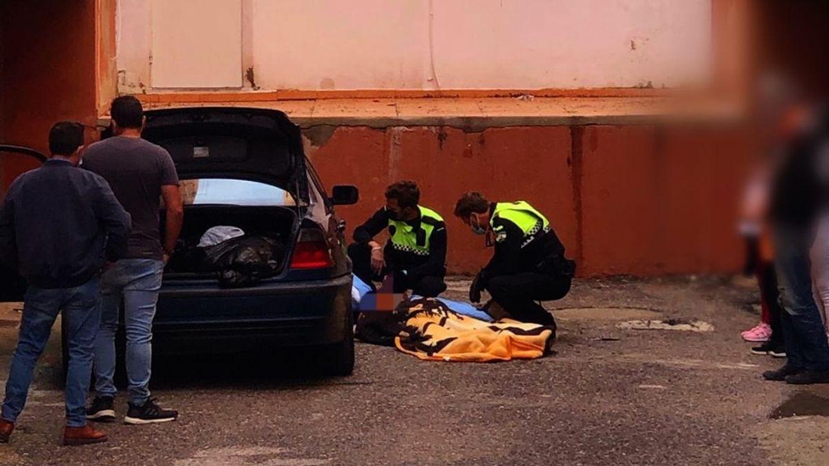 Herido en Cádiz tras ser aplastado por un vehículo mientras lo arreglaba