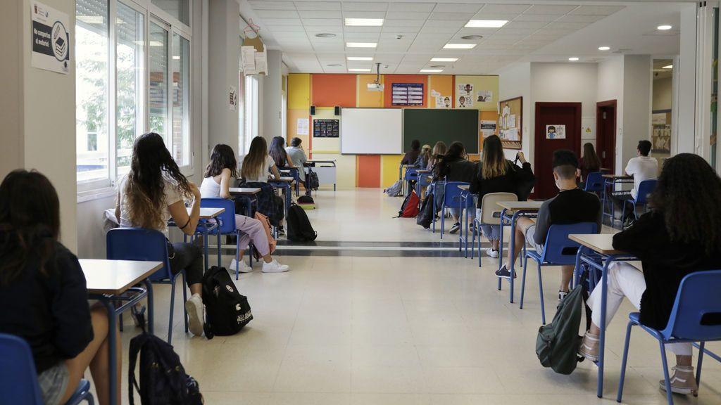 Las familias de los alumnos con TDAH, dislexia y necesidades especificas quieren sus becas