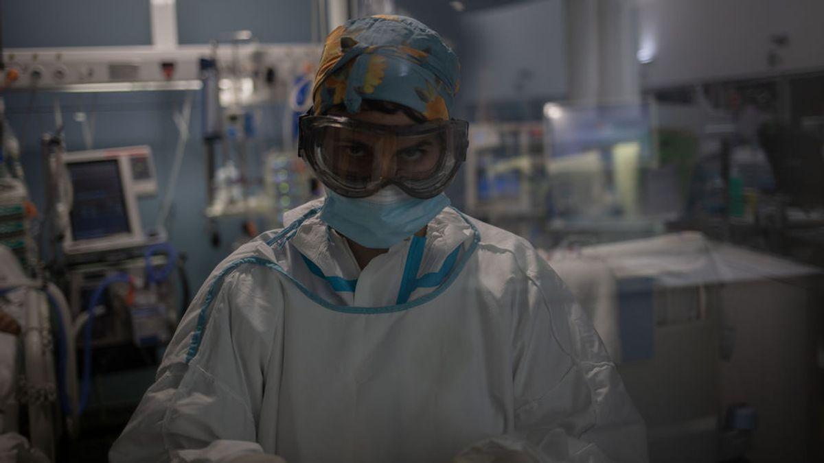 Seis de cada diez médicos están 'quemados' tras un año enfrentándose a la covid-19