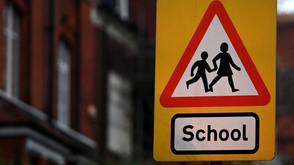 El Reino Unido estudia vacunar a los niños al inicio del próximo curso escolar