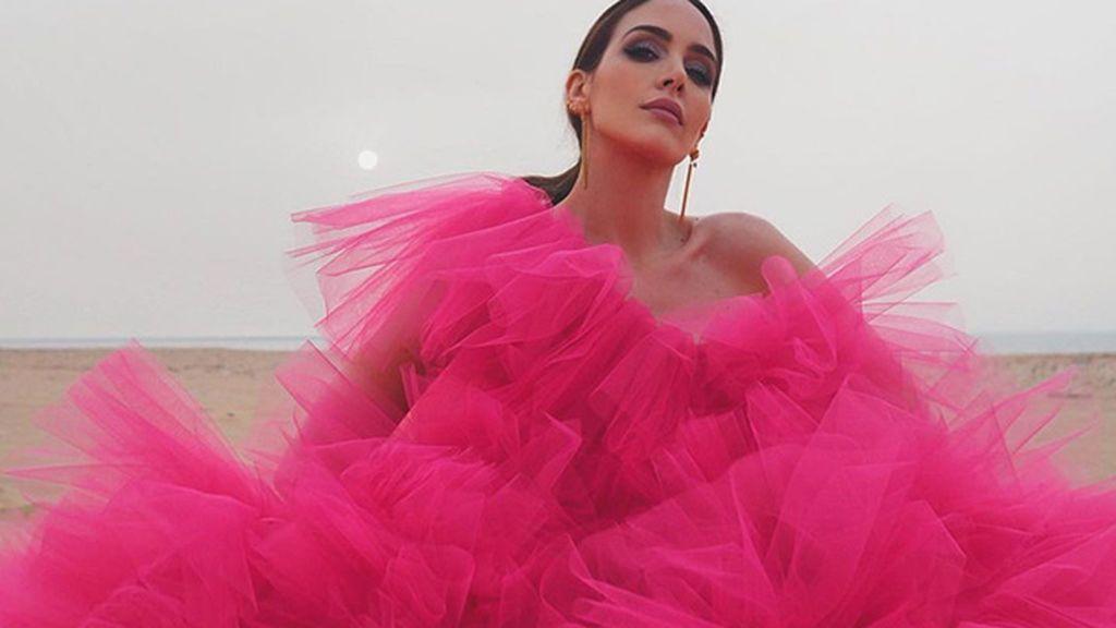 Looks con vestidos de invitada para una boda de verano de 10, inspirados en Rocío Osorno