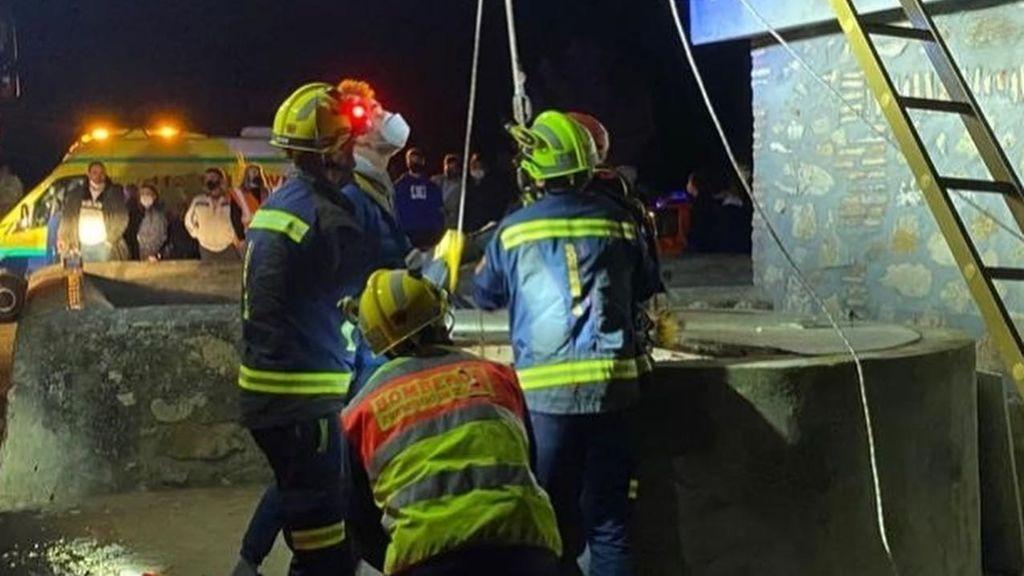 Rescatan a dos menores en un pozo de siete metros de profundidad de una casa abandonada de Toledo