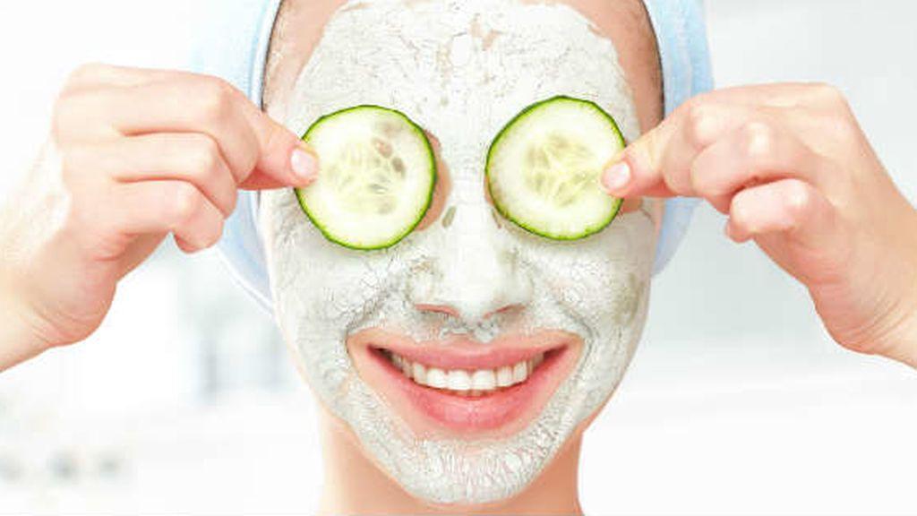 El pepino, uno de los productos naturales más beneficiosos para la piel: cómo usarlo y cuáles son sus ventajas.