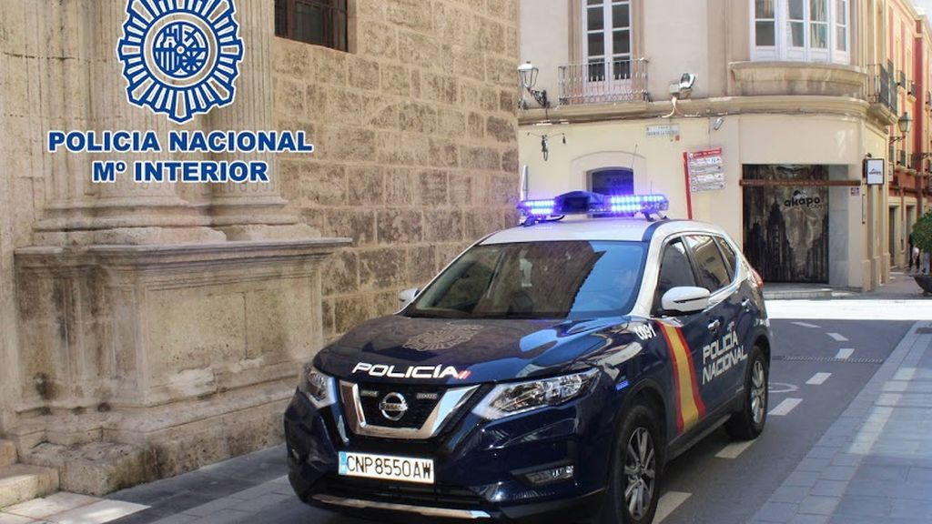Detenido un empleado de una farmacia de Almería por falsear PCR a marroquíes para que viajaran a su país
