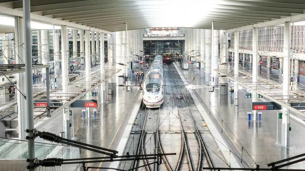 Descarrilla en León un tren hacia Asturias, sin registrarse heridos