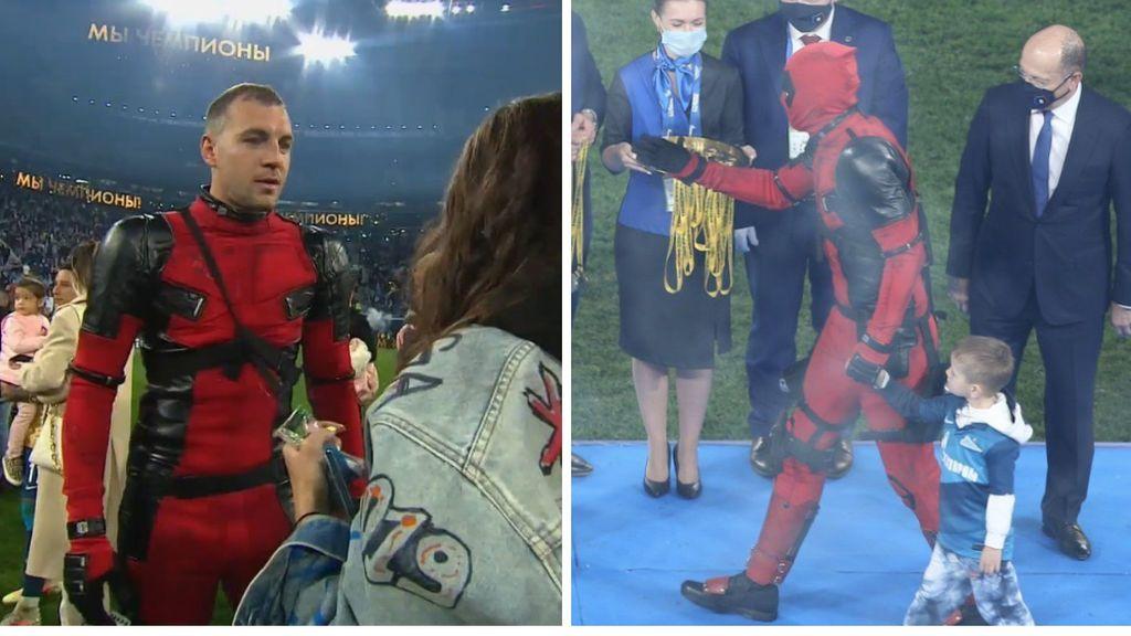 Dzyuba gana la Premier rusa con el Zenit y sube a recoger la medalla vestido de Deadpool