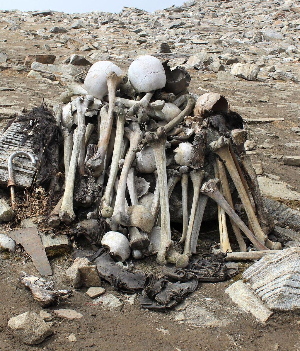 skeleton-lake1