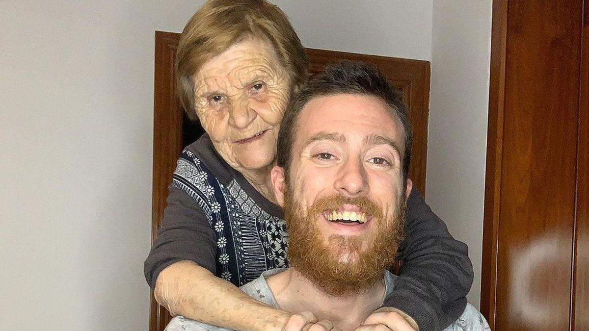 Se llama Rosa, tiene 80 años y es la nueva estrella de TikTok gracias a su nieto