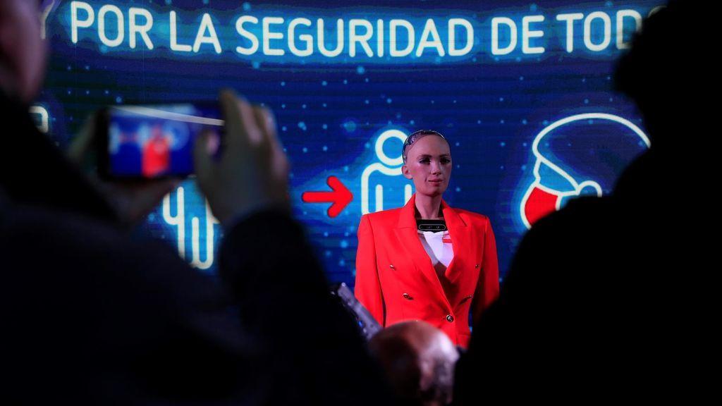 El robot Sophia en las elecciones a la Comunidad de Madrid