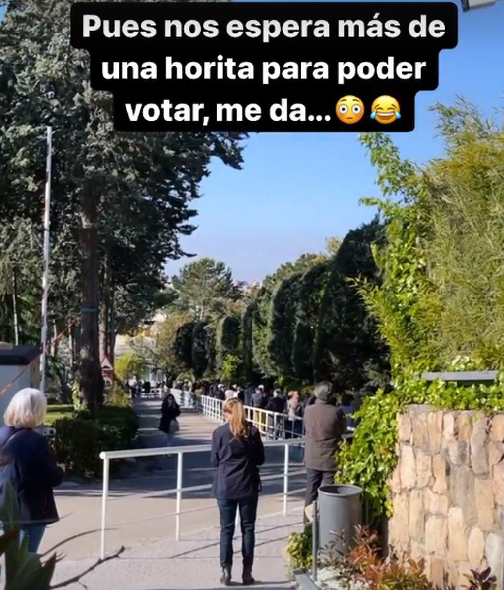 La actriz ha acudido a votar a primera hora de la mañana