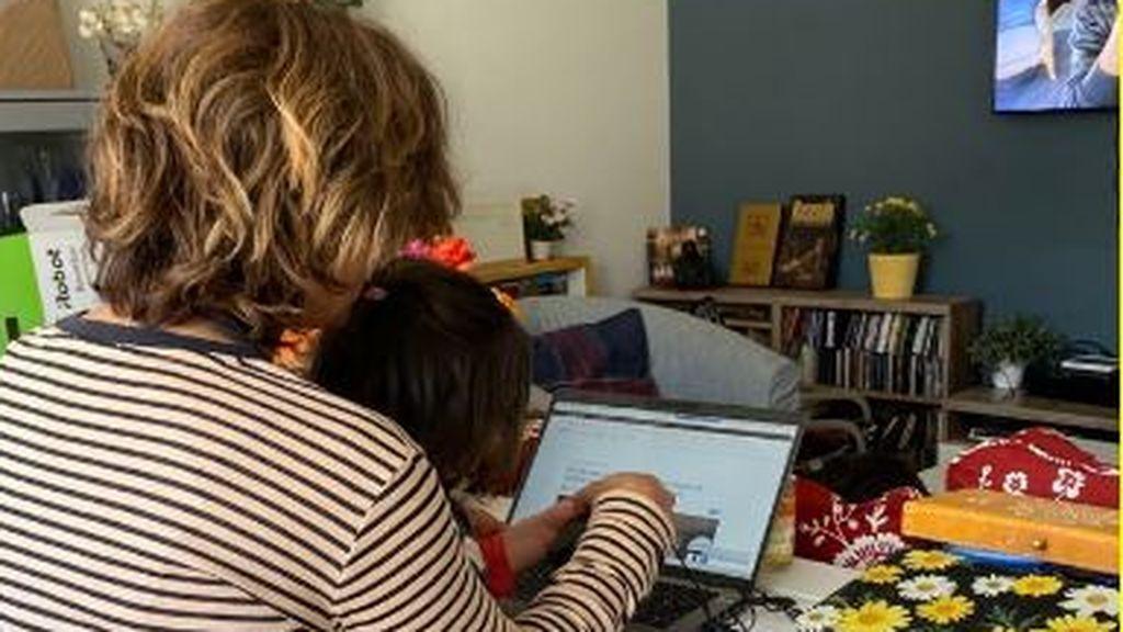 Elecciones en Madrid en lectivo y trabajando, las familias agudizan el ingenio para conseguir conciliar