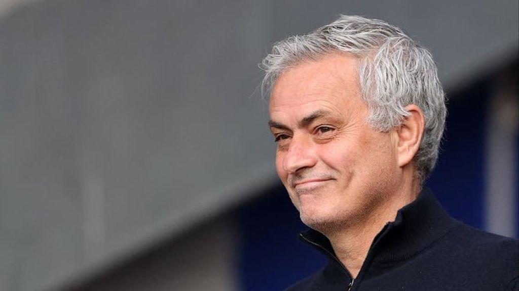 La Roma anuncia el fichaje de Mourinho para la próxima temporada