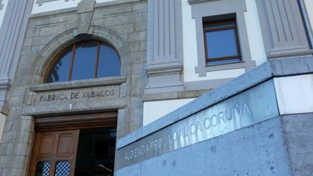 Trece años de cárcel para un hombre que intentó asesinar a cuchilladas a su expareja en Vimianzo (A Coruña)