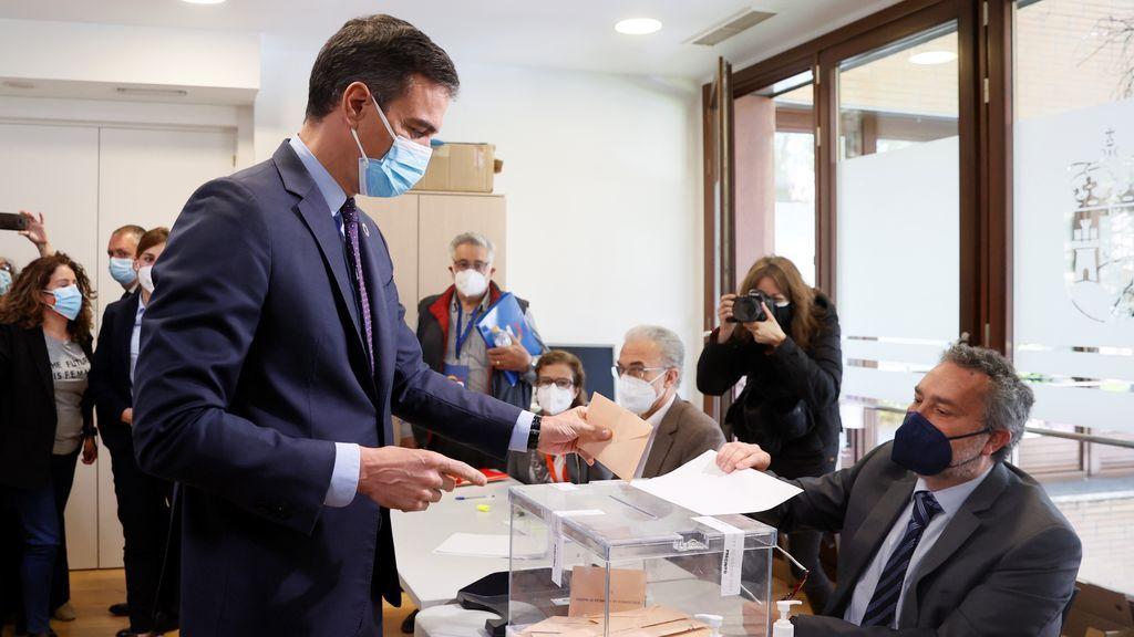 """Sánchez anima a la participación en Madrid para que el Gobierno tenga """"el máximo respaldo democrático"""""""