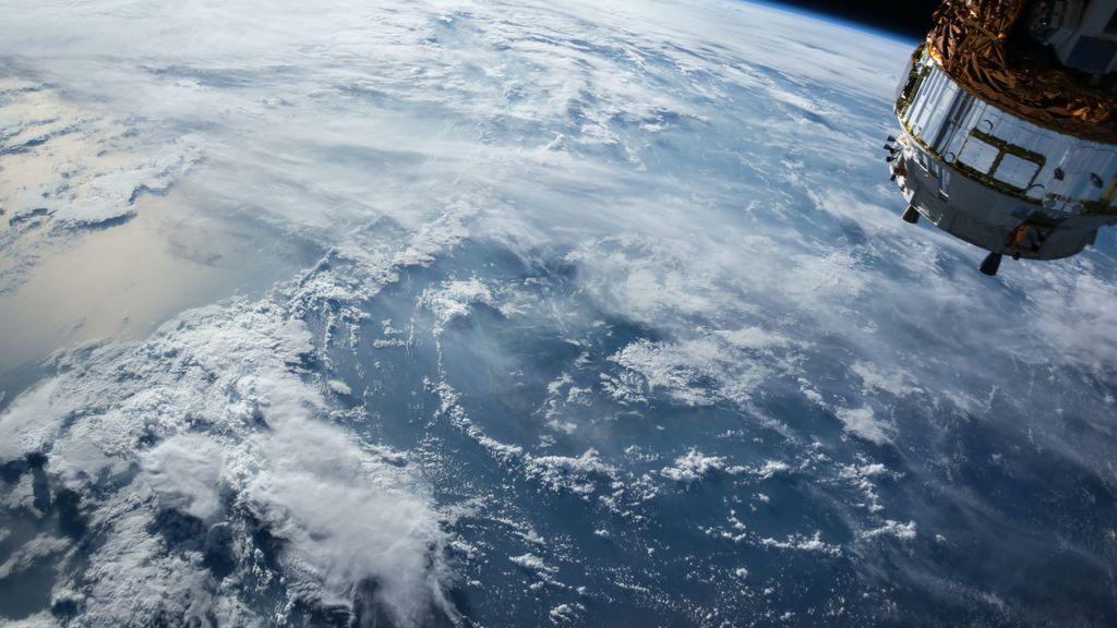 Dice venir del año 2582 y asegura que el sábado 8 de mayo se descubrirá un clon exacto de la Tierra