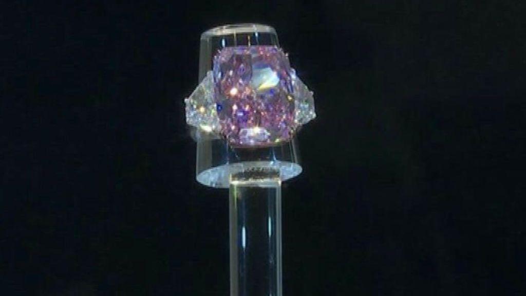 Christie's esxhibe su diamante Sakura, el más grande que sale a subasta