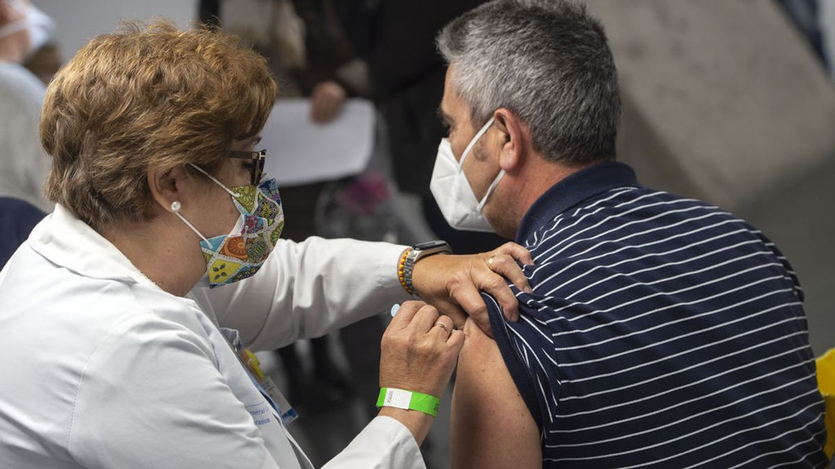 Madrid comienza a vacunar a los menores de 60 años