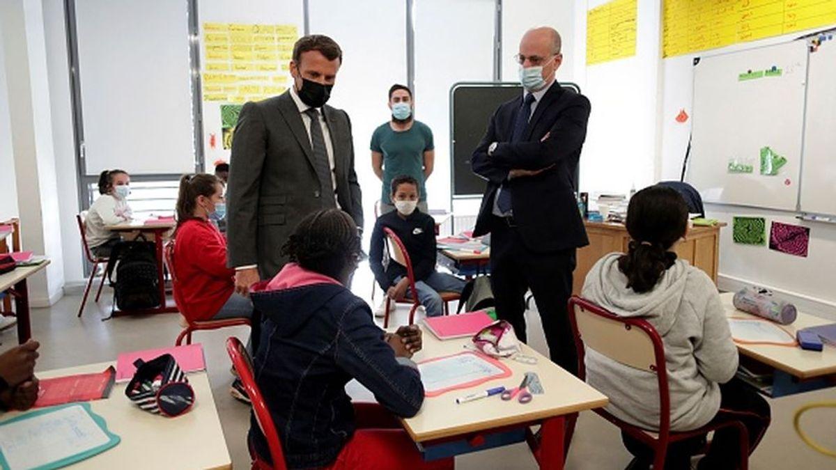 """El ministerio de Educación francés prohibe la """"escritura inclusiva"""""""