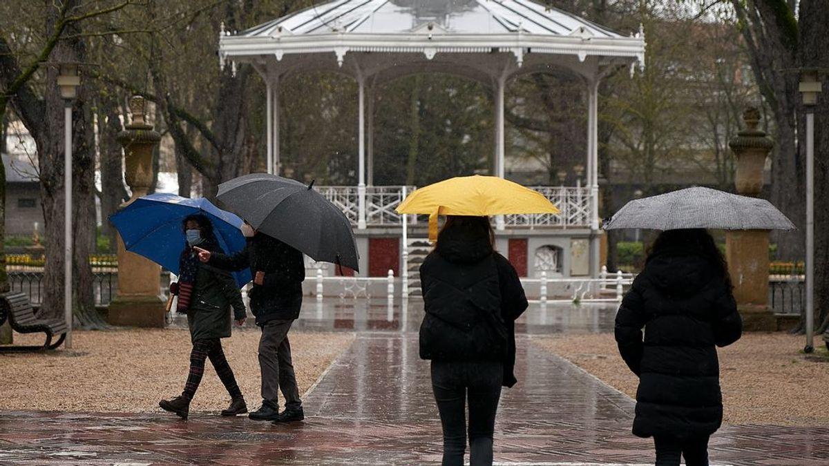 La borrasca Mathieu llega el domingo con lluvia y viento para toda España