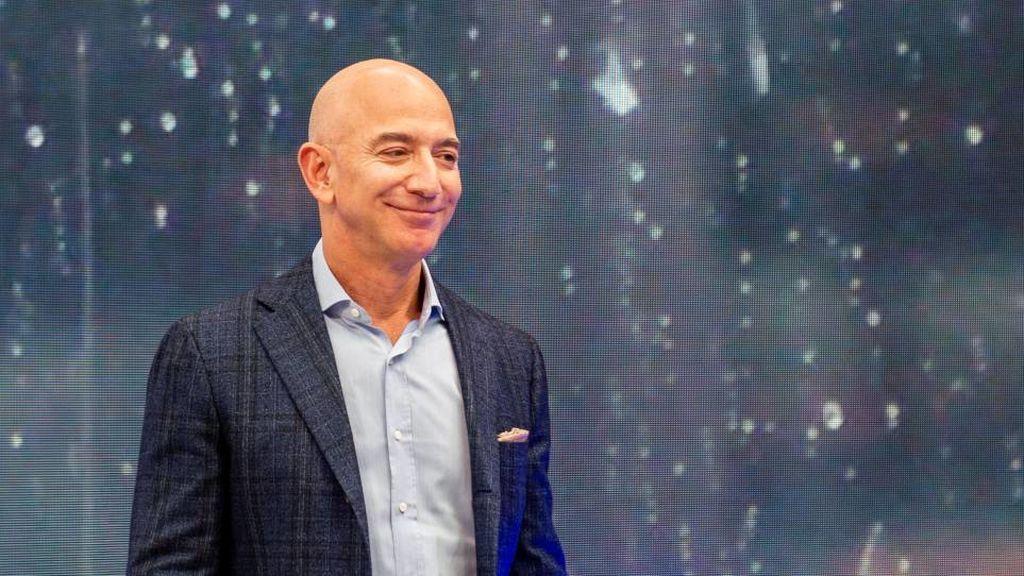 El dinero que ingresan por minuto gigantes tecnológicos como Amazon, Apple o Netflix