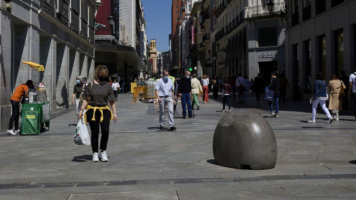 Madrid baja a 2.074 casos y a 1.851 hospitalizados por covid