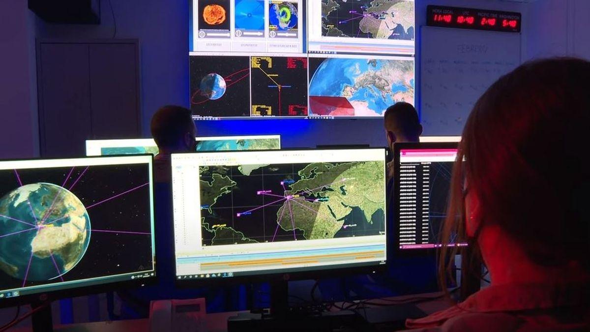 El Ejército del Aire realiza un seguimiento de la trayectoria de los restos del cohete chino que caerá a la Tierra