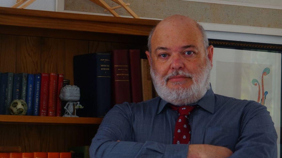 """Fernando Frías, escéptico: """"Los vendedores de crecepelos mágicos usan la pandemia para pescar en rio revuelto"""""""