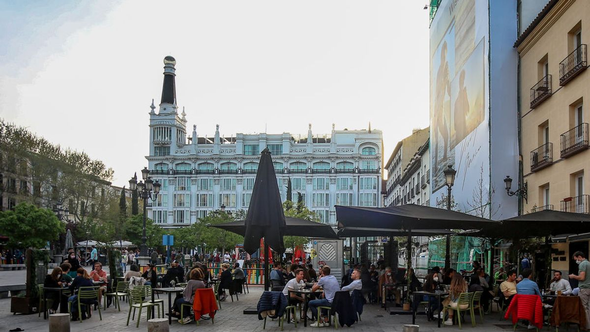 Madrid permitirá las reuniones en casas y no habrá toque de queda tras el estado de alarma