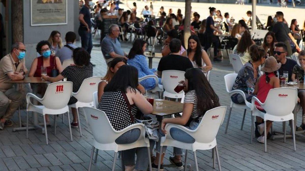 Última hora del coronavirus: Madrid levanta el toque de queda y amplía la hostelería hasta las 00.00h tras decaer el estado de alarma