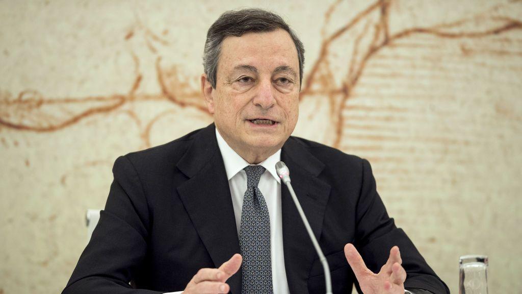 Draghi se suma a la tesis de que antes de liberar patentes EEUU debe desbloquear exportación de vacunas