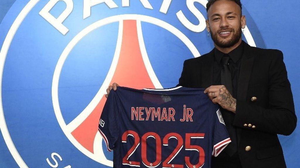 """El PSG hace oficial la renovación de Neymar hasta 2025: """"Es un gran placer extender la aventura"""""""