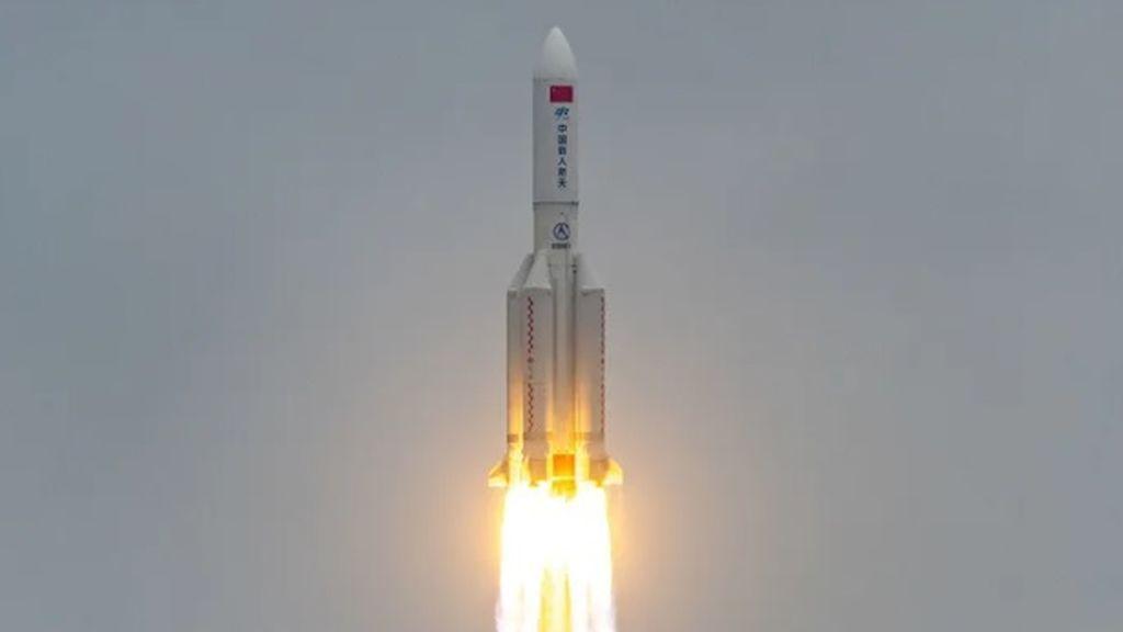 La inminente entrada del cohete chino en la atmósfera