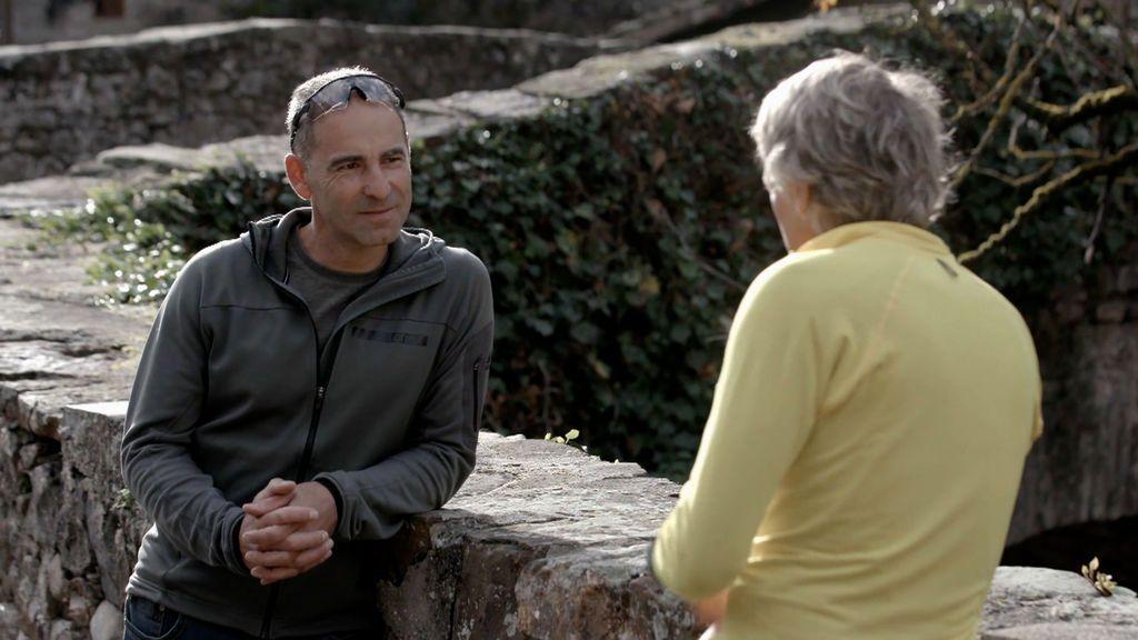 Francisco Caso habla con Calleja