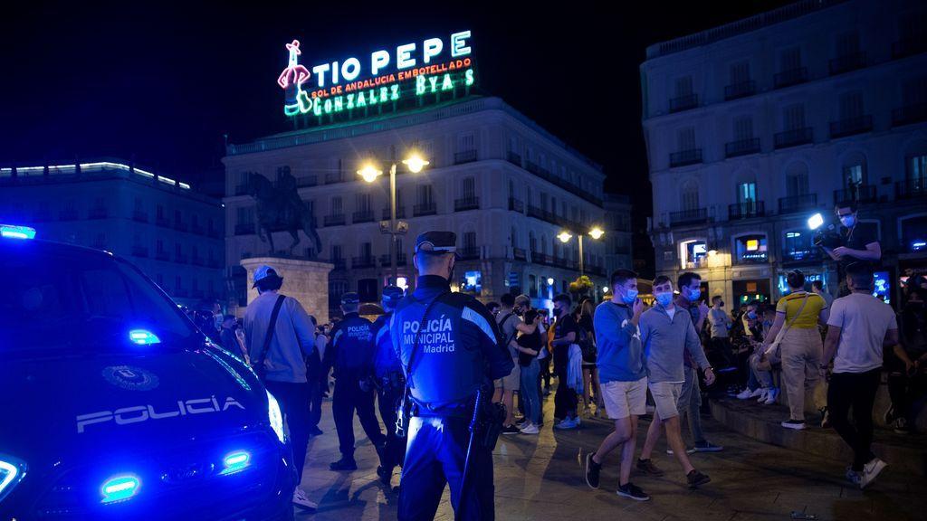 Las calles de Madrid se llenan de incívicos con el final del estado de alarma