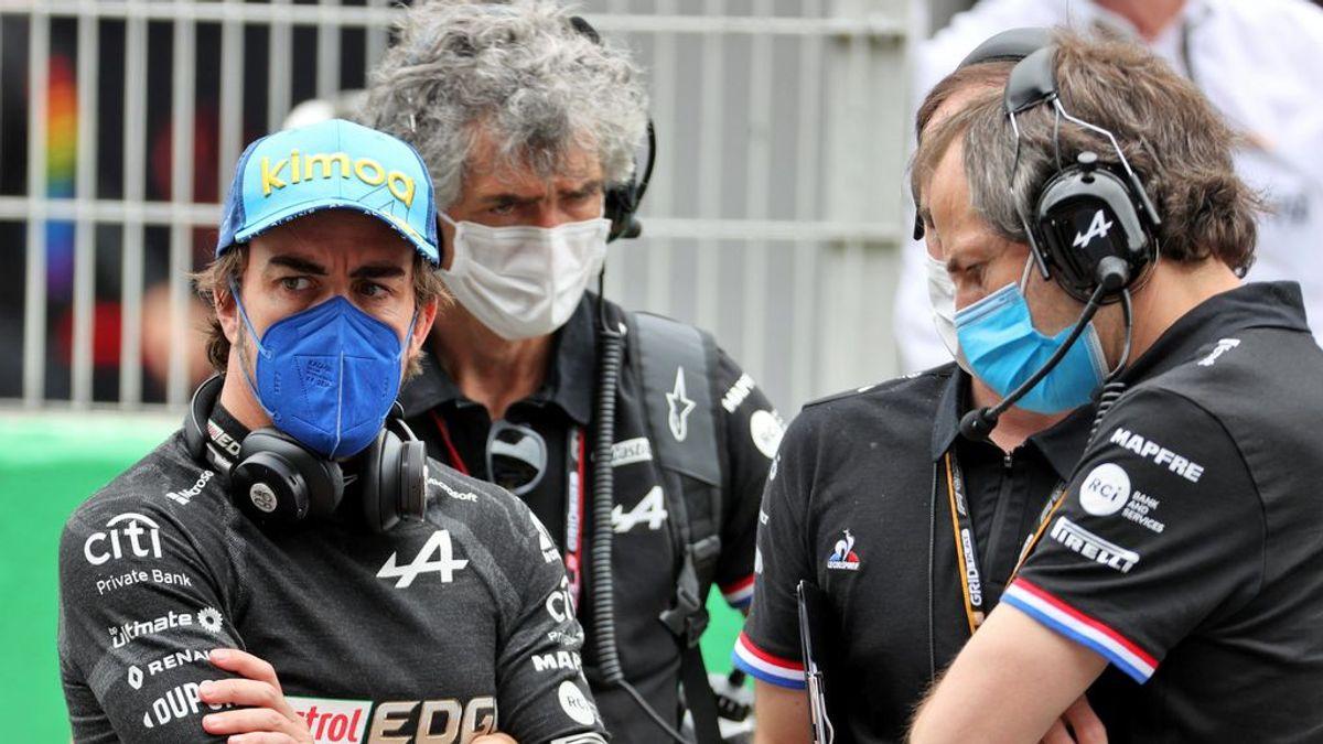 """Fernando Alonso, descontento con la estrategia en Montmeló: """"Es sucia. Hay que trabajar la posición de salida"""""""