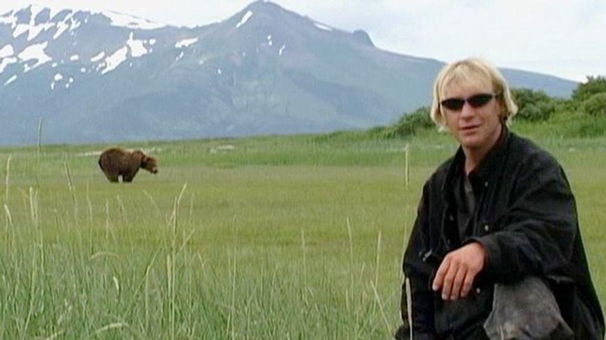 Los últimos momentos de una pareja devorada por un oso capturados en un escalofriante audio
