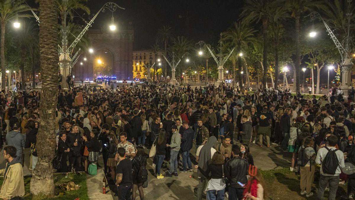 Botellones masivos, Europa no renueva con AstraZeneca y otras noticias del día