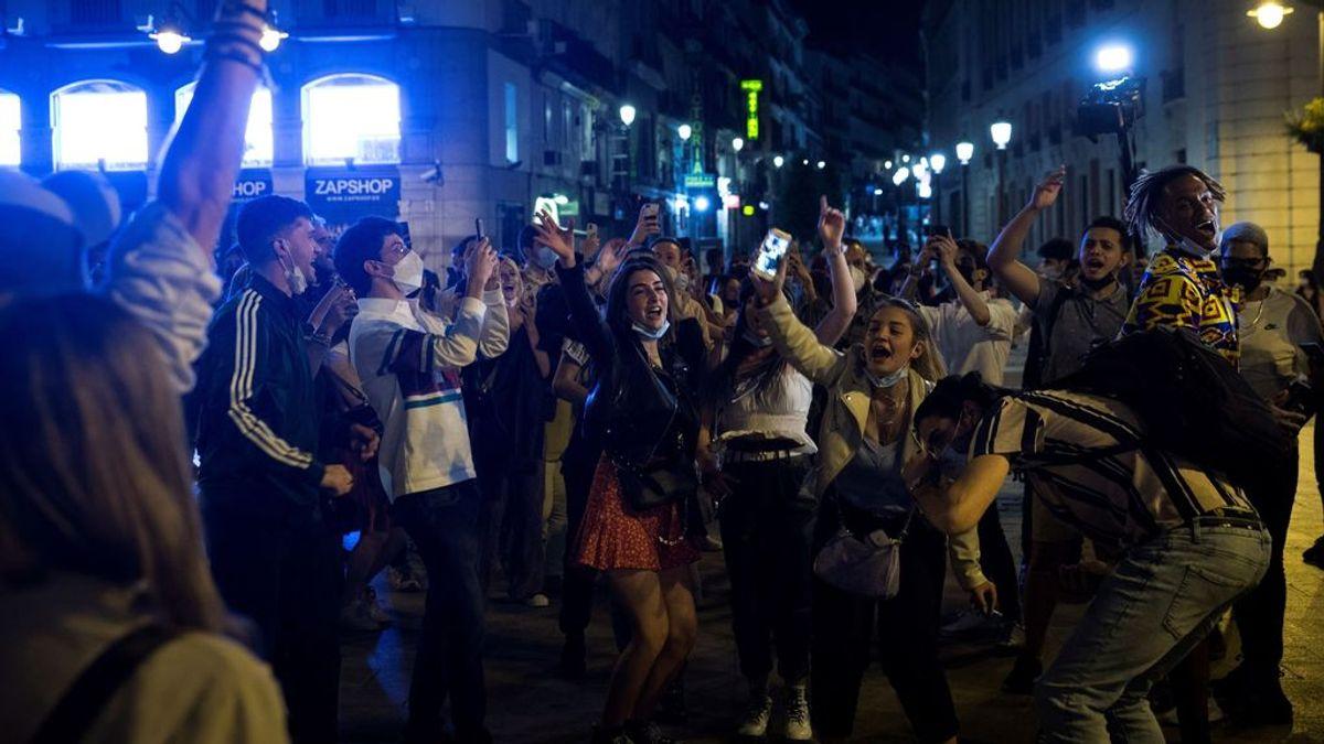 """Madrid rechaza el toque de queda pese a los botellones: """"No podemos cerrar a miles de habitantes por cientos de jóvenes"""""""